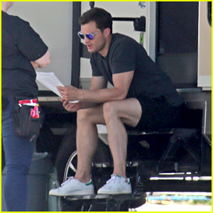 Jamie Dornan Studies 'Fifty Shades' Script on Set