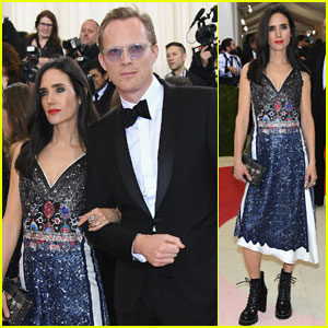 paul bettany photos news and videos just jared page 7. Black Bedroom Furniture Sets. Home Design Ideas