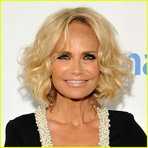Kristin Chenoweth Will Donate Proceeds from North Carolina Show