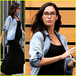 Pregnant Megan Fox Puts Her Baby Bump on Display