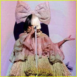 Sia Performs 'Cheap Thrills' on 'The Voice' Finale (Video)