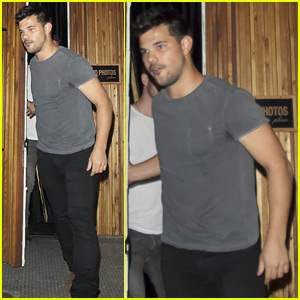 Taylor Lautner Makes Incredible Parkour Exit from The Nice Guy