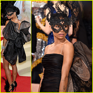 Zoe Kravitz Wears a Mask & Giant Bow to Met Gala 2016