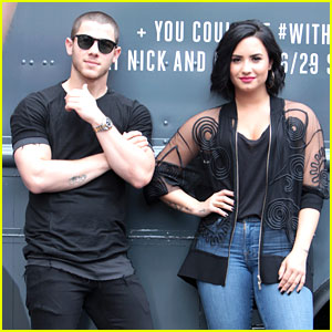 Demi Lovato & Nick Jonas Surprise Atlanta Fans with Free Treats