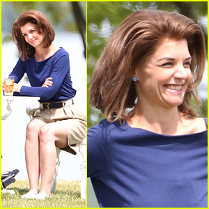 Katie Holmes Sips Sweet Tea for 'Kennedys' Filming
