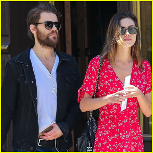 Paul Wesley & Phoebe Tonkin Run Errands Together in NYC