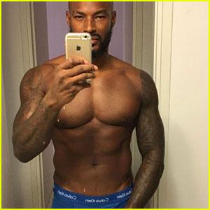 Tyson Beckford Grabs His Package in NSFW Shirtless Selfie