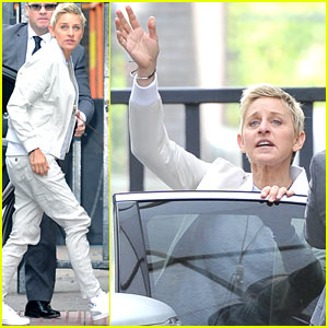 Ellen DeGeneres & Wife Portia Hunt Pokemon on the Beach!