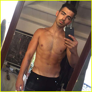 Joe Jonas Shares Super Hot Shirtless Selfie on Snapchat