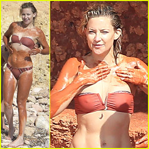 Kate Hudson Covers Herself in Mud While Wearing Bikini!