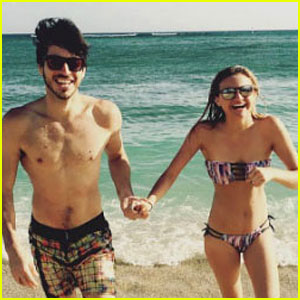 Kelsea Ballerini Wears a Bikini in Hawaii with Boyfriend Morgan Evans By Her Side!