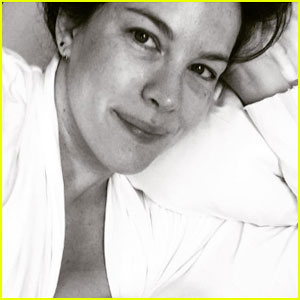Liv Tyler Shares Intimate Photo Breastfeeding Newborn Daughter Lula