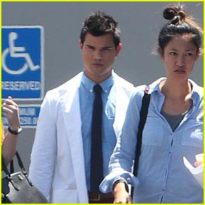 Taylor Lautner Wears His Doctor Costume on 'Scream Queens' Set