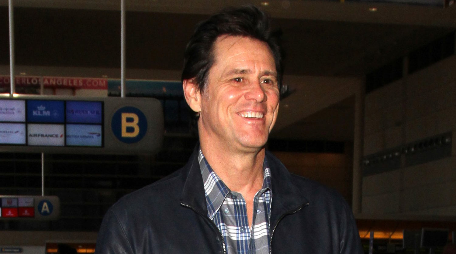 Jim Carrey is All Smiles As He Walks Through LAX Airport