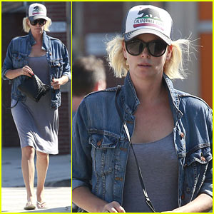 Charlize Theron Spends Her Monday Taking Care of Errands