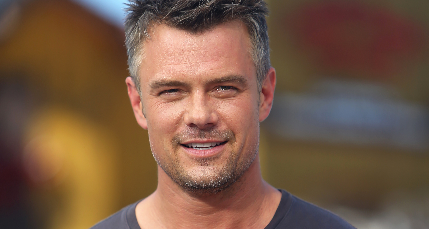 Josh Duhamel Is In His Underwear A Lot In 'Spaceman ... Josh Duhamel