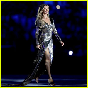 Watch Gisele Bundchen Walk Final Runway at Rio Olympics 2016 (Video)