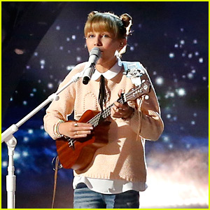 Grace VanderWaal Sings 'Light the Sky' for 'America's Got Talent' Semi-Finals (Video)