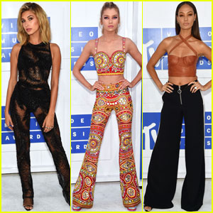 Hailey Baldwin Goes Sheer for the MTV VMAs 2016