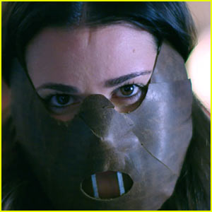New 'Scream Queens' Promo Features Lea Michele in a Hannibal Lecter Mask - Watch!