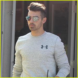 Joe Jonas May Be Making New Music with Brother Nick!
