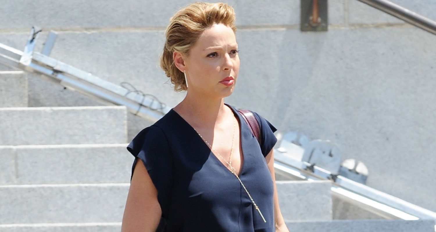 Katherine Heigl Shows Off Her Baby Bump While Filming \'Doubt ...