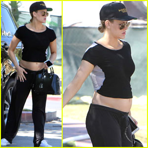 Peta Murgatroyd Shows Off Her Baby Bump in a Crop Top!