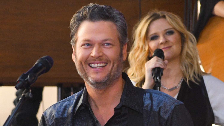 Blake Shelton Thinks Gwen Stefani Has 'Vision Problems'! | Blake Shelton, Gwen Stefani : Just Jared