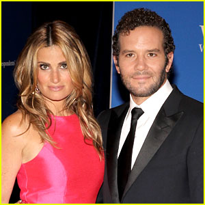 Idina Menzel Is Engaged to Aaron Lohr!