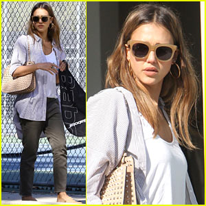 Jessica Alba Steps Out for Brunch & Tennis With Her Family