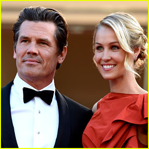 Josh Brolin Strips to His Birthday Suit for Instagram Photo!