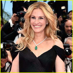 Julia Roberts Set to Star in Drama About PTA Mom Framed For Drug Possession