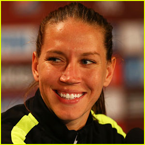 Retired Soccer Player Lauren Holiday Diagnosed with Brain Tumor While Pregnant