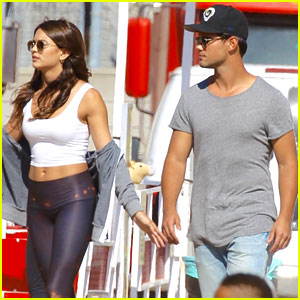 Taylor Lautner & Model Kyra Santoro Hang Out in Malibu