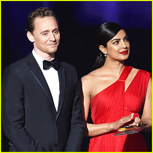 Tom Hiddleston & Priyanka Chopra Reportedly Got 'Flirty' at Emmys After Party
