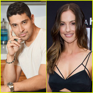 Wilmer Valderrama & Minka Kelly Jet Off to Mexico Togther