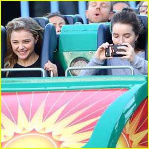 Chloe Moretz & Kaitlyn Dever Ride Roller Coasters at Disney!