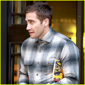 Jake Gyllenhaal Set to Star in Paul Dano's 'Wildlife'