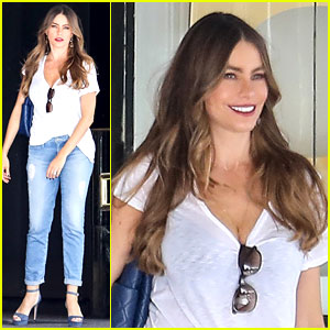 Sofia Vergara Doesn't Like the Outfit Her Husband Picked for Her