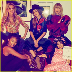 taylor swift dresses as deadpool while celebrating halloween with her squad - What Was Taylor Swift For Halloween