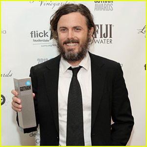 Casey Affleck Wins Best Actor at Gotham Awards 2016!