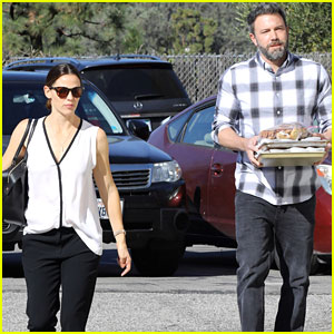 Jennifer Garner & Ben Affleck Go to Church Together