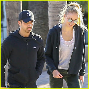 NEW PHOTOS! Joe Jonas & Sophie Turner Hit the Gym Together