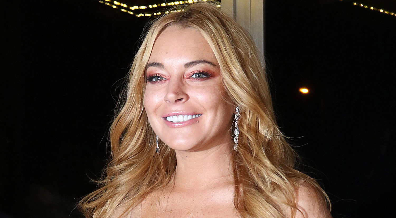 Lindsay Lohan Speaks w... Lindsay Lohan Accent