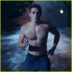 VIDEO: K.J. Apa Shows His Buff Body in First 'Riverdale' Promo!