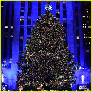 u0027Christmas in Rockefeller Centeru0027 Tree Lighting 2016 - Performers u0026 Celebrity Guests!  sc 1 st  Just Jared & Christmas in Rockefeller Centeru0027 Tree Lighting 2016 u2013 Performers ... azcodes.com
