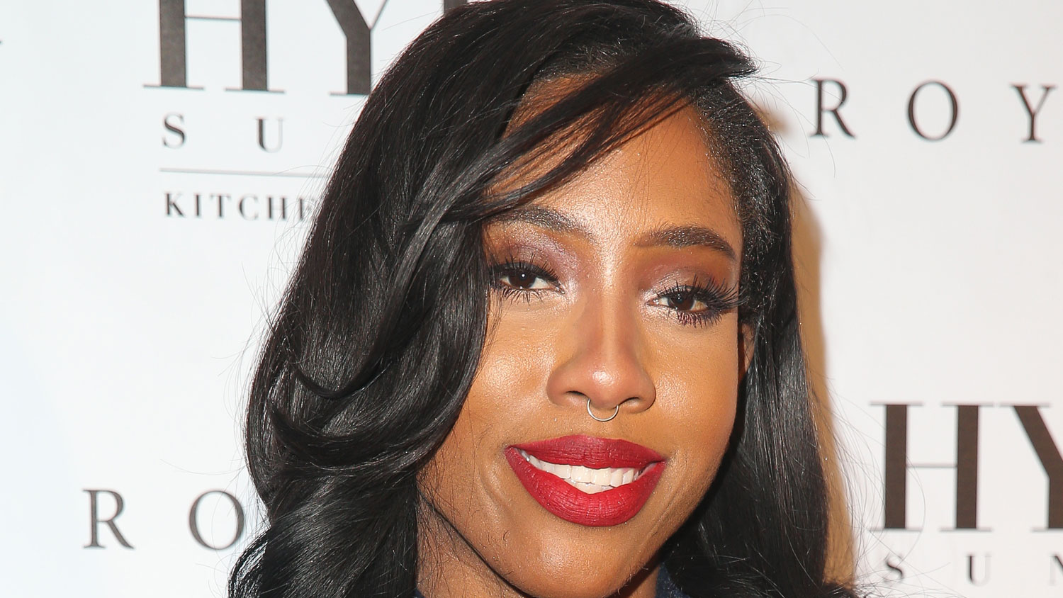 Sevyn Streeter Reschedules National Anthem Performance for 76ers ... 2cf883671f7