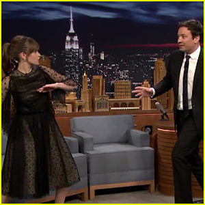 VIDEO: Felicity Jones Shows Jimmy Fallon Her 'Rogue One' Fight Moves!