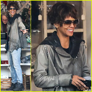 Halle Berry Debuts Shorter Hairdo While Christmas Tree Shopping!