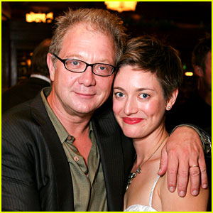 Scandal's Jeff Perry's Daughter Zoe Perry Lands Recurring Role
